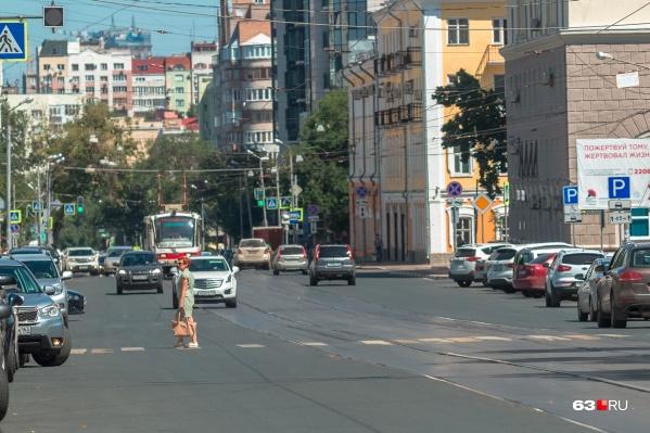 22-му трамваю приходилось объезжать улицу