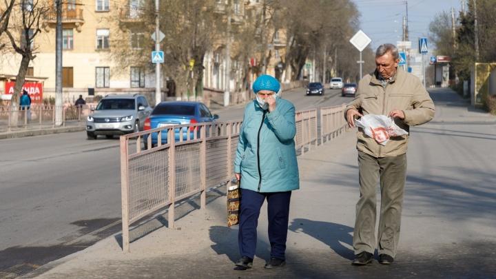 Разницы нет: волгоградцы вышли на улицы, как до карантина по коронавирусу
