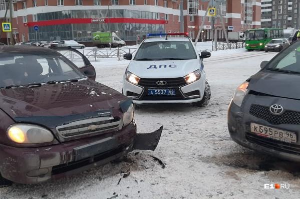 В результате аварии пострадали трое детей