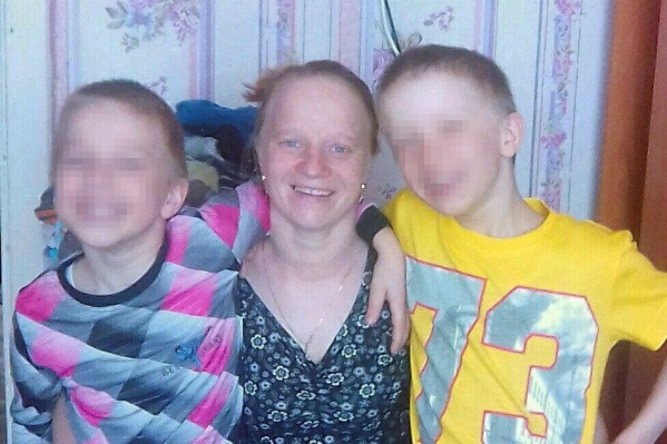 Наталья с детьми много лет живет в бане
