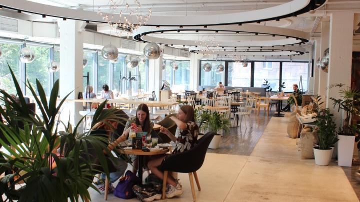 С какого числа в Новосибирске откроются рестораны и бассейны — губернатор подписал документ