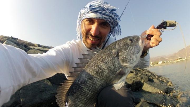 «Как будто мы какая-то проказа»: рыболов-чемпион из Волгограда застрял в Марокко с 450 россиянами