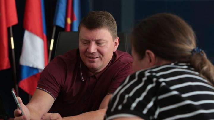 Доходы мэра Красноярска за год снизились почти в два раза