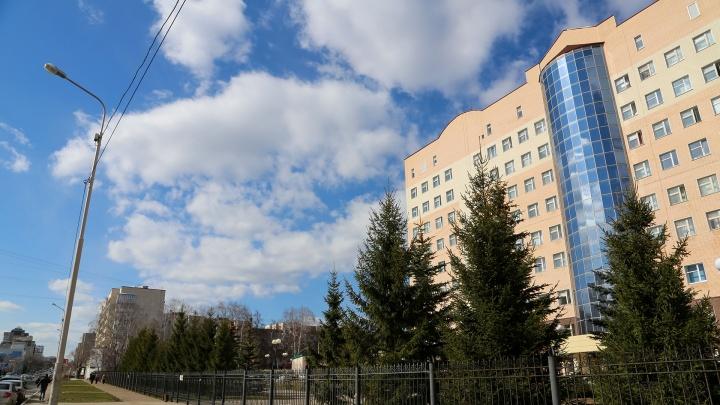 В РКБ имени Куватова заезжает новая вахта врачей