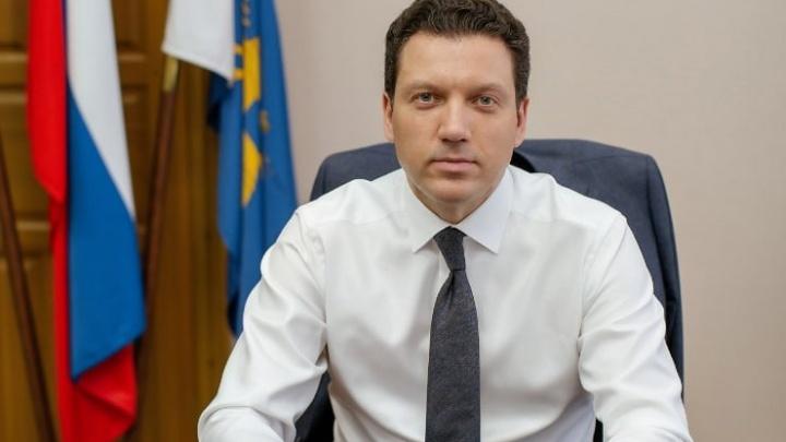 В Башкирии коронавирусом заболел молодой чиновник, COVID-19 выявили и у его жены
