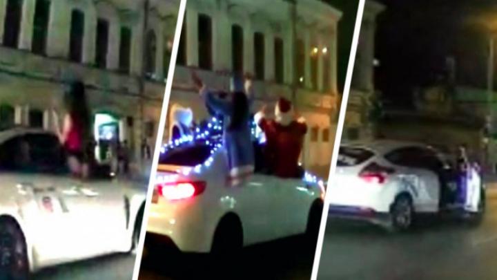 Дорожное видео недели: грязные танцы на Ленина, безумец на самокате и милые уточки