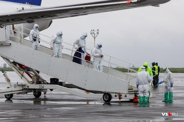 В самолёте провели дезинфекцию после того, как все пассажиры вышли