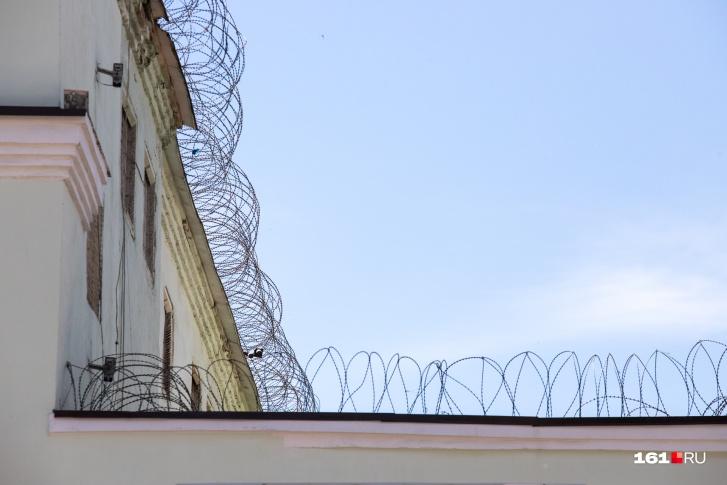 Две исправительные колонии на Дону закрылись на карантин из-за COVID-19