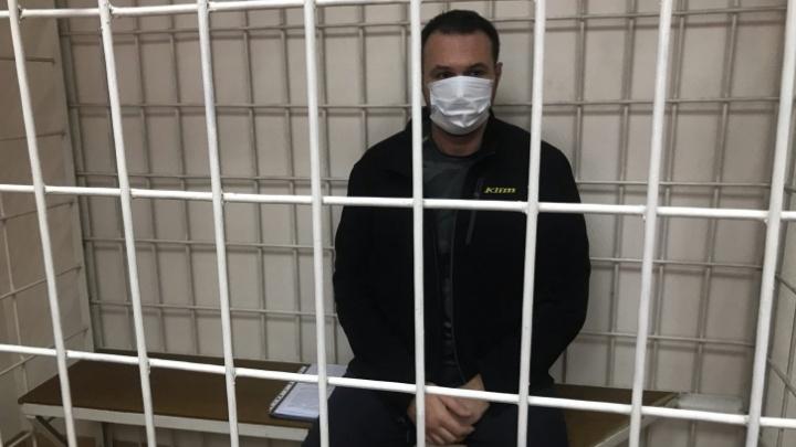 Суд оставил в СИЗО главу комитета рекламы мэрии Новосибирска