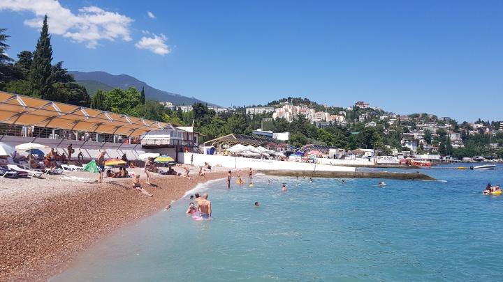 Как бюджетно съездить в Крым и где найти пустые пляжи: прямой эфир с сибирячкой