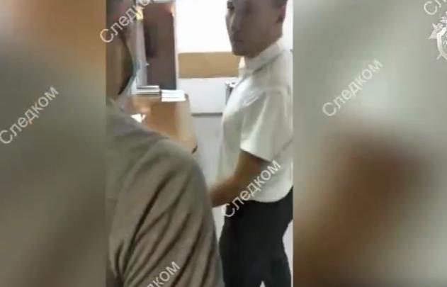 Пришлось выламывать дверь: как задерживали замначальника городской полиции Красноярска