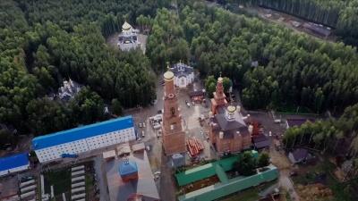 Летаем над Среднеуральским женским монастырем, который снова открылся для прихожан