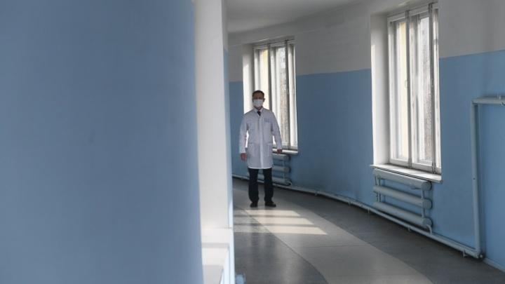 У семейной пары врачей из Бредов, вернувшихся из-за рубежа, подтвердили коронавирус