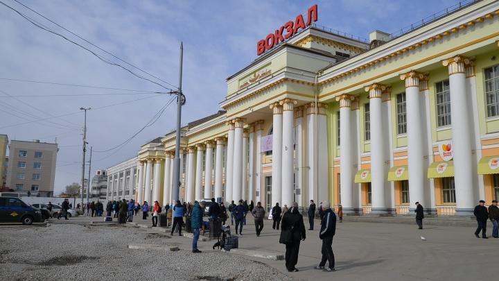 Нейросеть восстановит фотографии ветеранов, чтобы они украсили вокзал в Екатеринбурге
