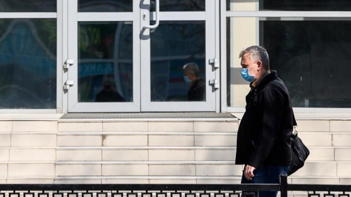 Хроники коронавируса: министр здравоохранения попала в реанимацию после заседания