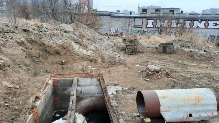За ночь постараемся успеть: в Волгограде «Концессии водоснабжения» готовятся устранять течь на магистральном водоводе