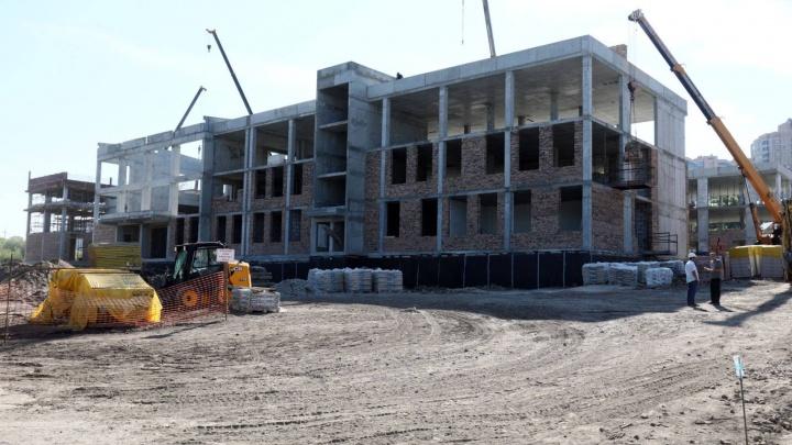 На Пятой просеке достроили каркас здания новой школы