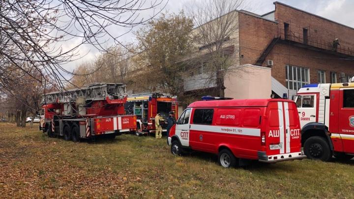Черный дым и запах гари: в больнице Середавина произошел пожар