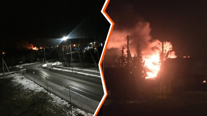 Ночью в Боровском дотла сгорел жилой дом, который подожгли неизвестные