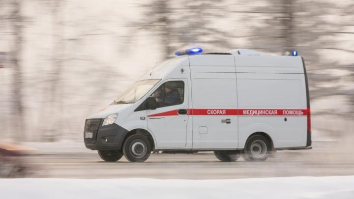 Полицейские ищут мужчину, который избил мать троих детей в Покровке