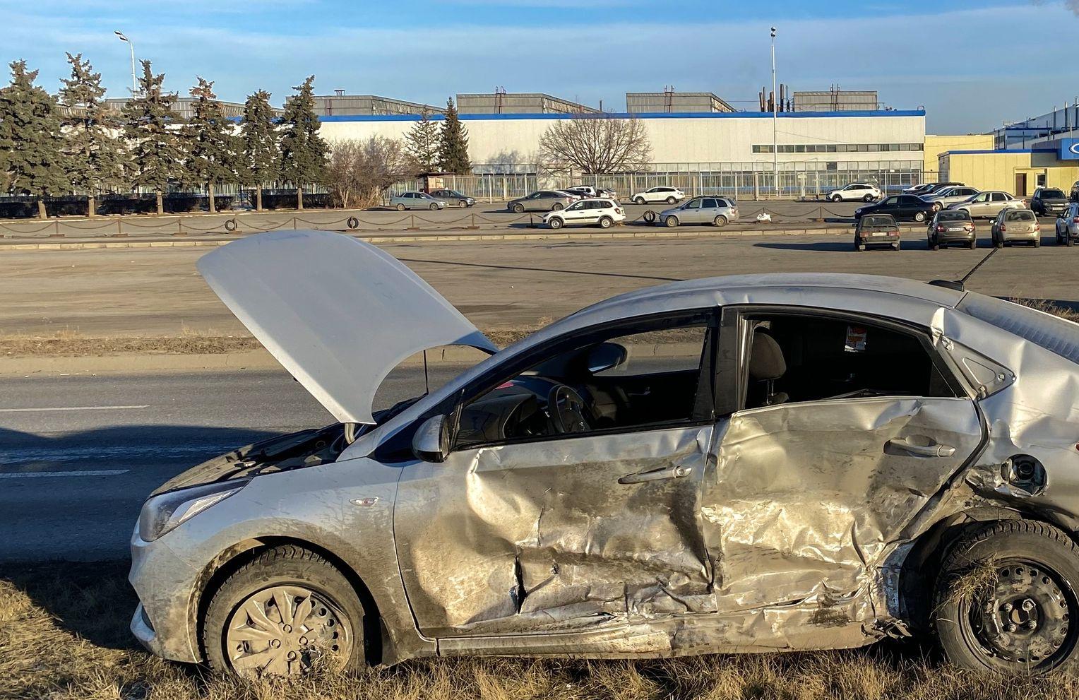 Водитель иномарки выжил, но находится в тяжелом состоянии