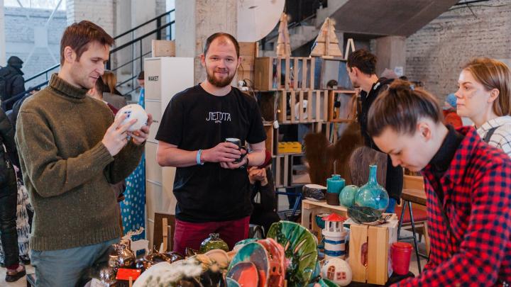 Ярмарка дизайнеров и уличный фуд-корт: 7 и 8 марта на заводе Шпагина состоится Red Market