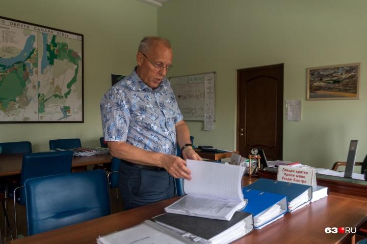 Первый вице-мэр курирует множество вопросов и держит перед глазами огромное количество документов