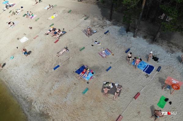 Пляж на пруду Лесном теперь выглядит вот так