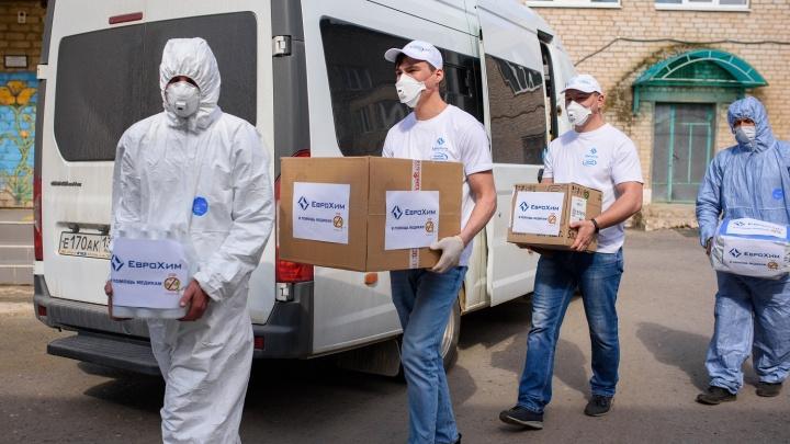 «Мы держим ситуацию под контролем»: медиков Котельниково обеспечили средствами индивидуальной защиты