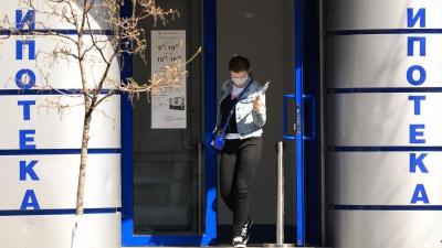 «Посылали два запроса, отказали без вопросов»: как кризис повлиял на рынок ипотеки в России