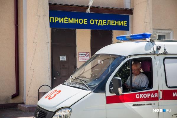Новосибирцы в последнее время жалуются на многочасовое ожидание скорой помощи