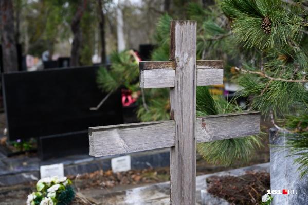 Умерших от коронавируса не только кремируют, но и хоронят на кладбище