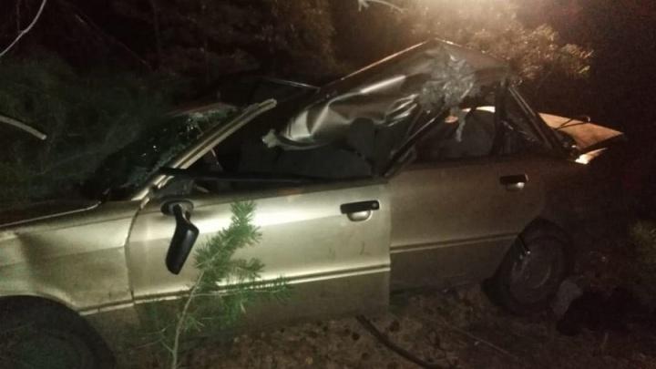 Водитель легковушки был пьян: на зауральской дороге Audi столкнулась с трактором. Есть погибшие