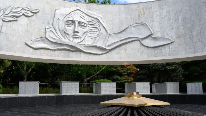 16 фотографий ростовских мемориалов, посвященных героям Великой Отечественной войны