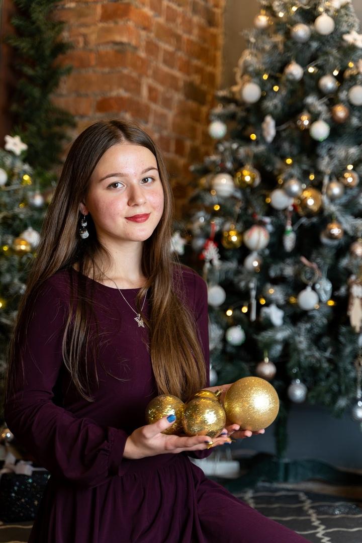 Девушка уже подала документы в московский и питерский вузы