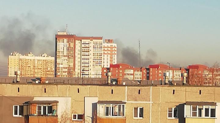 В копейской колонии произошел пожар. Столб дыма был виден за несколько километров