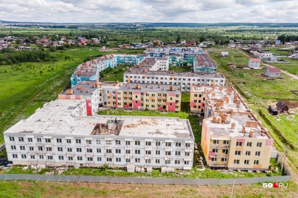 В 12 домах более 500 квартир