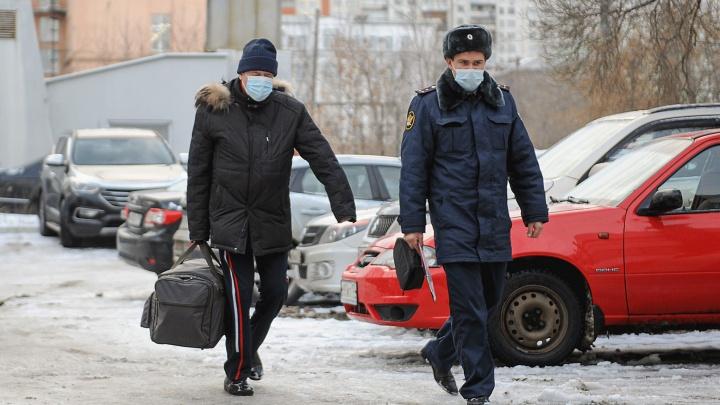 Бывшего главу Челябинска Евгения Тефтелева отправили в колонию за взятку