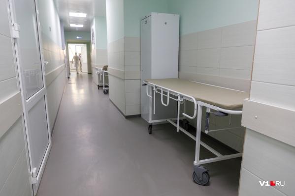 В больнице выявили больше двадцати человек с COVID-19