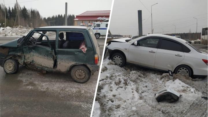 На Серовском тракте водитель «Оки» устроил ДТП, в котором пострадали двое