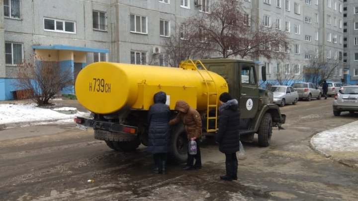«ОмскВодоканал» предупредил о масштабном отключении воды в четырёх округах