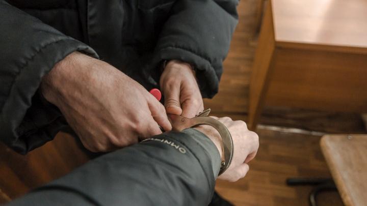 Жителю Прикамья дали полгода условно за то, что он дважды укусил полицейского