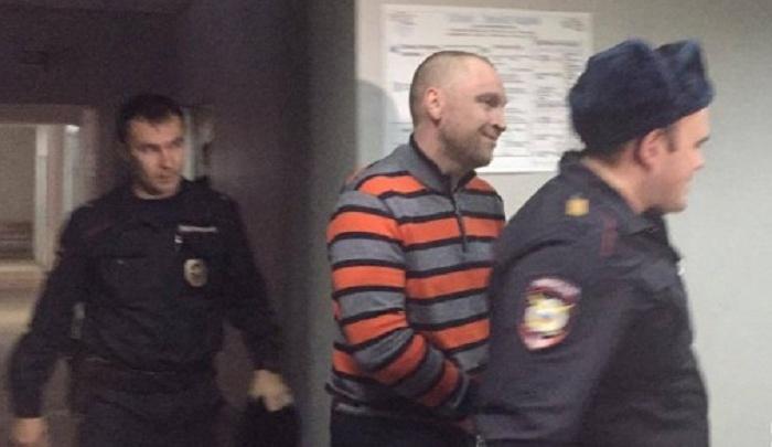Бывший топ-менеджер 4-й овощебазы Иван Обухов получил три пули во время конфликта