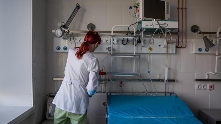 В Минздраве рассказали о коечном фонде для пациентов с COVID-19 и новых правилах выписки в Кузбассе