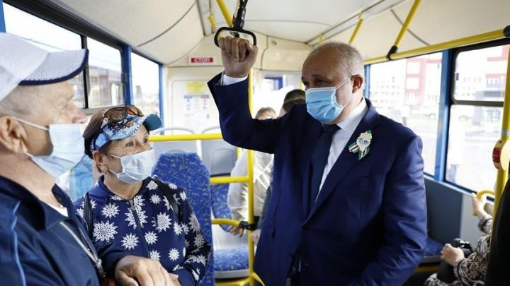 Власти Кузбасса запретили проводить новокузнецким перевозчикам митинг на площади Советов