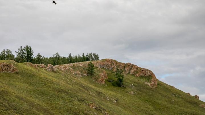 Столбы и Торгашинский хребет решено соединить