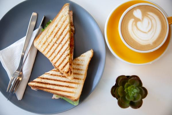 А где вы любите завтракать? Какие заведения предпочитаете? Расскажите обо всем в комментариях!