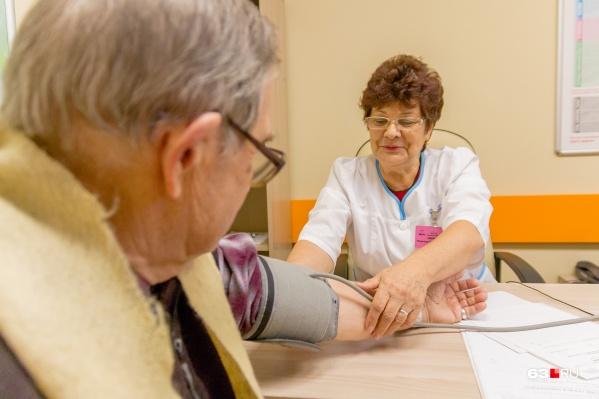 В пандемию здоровых пациентов оградили от лишних посещений