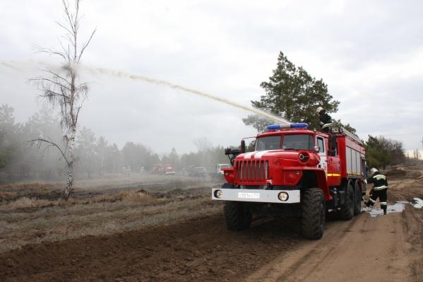 Жара и ветер помогали быстрому распространению огня