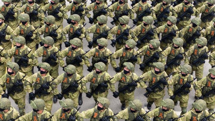Волгоград завершает подготовку к параду Победы в масках: смотрим подборку лучших кадров